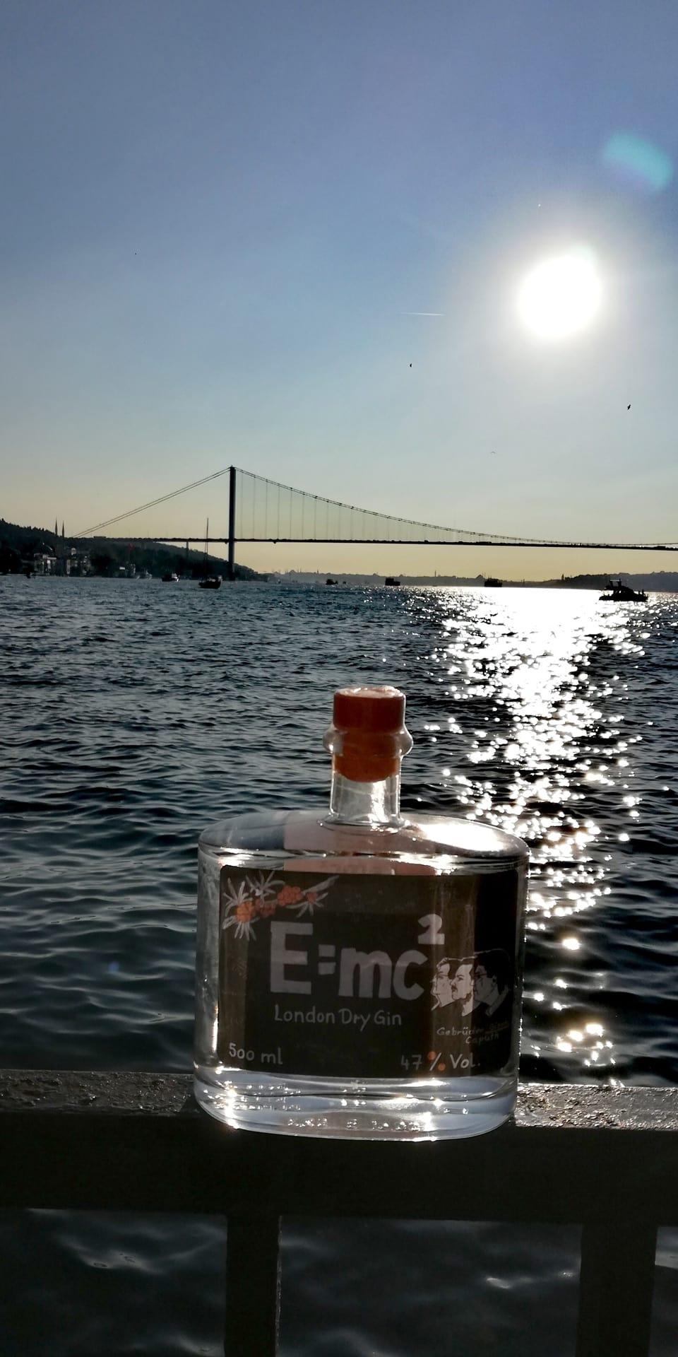 Gin E=mc² Bosporus